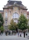 A Beregszászi Főiskola bejárata