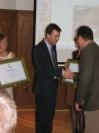 Dobó István az 2012. év ökoturisztikai létesítménye díjat átveszi